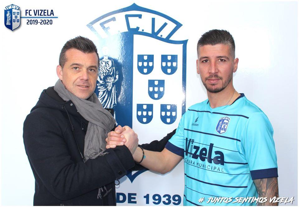 Rabiola en el momento de su presentación con FC Vizela.