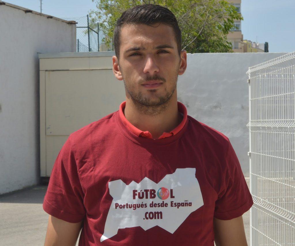Sandro Costa, defensa central de Pinhalnovense