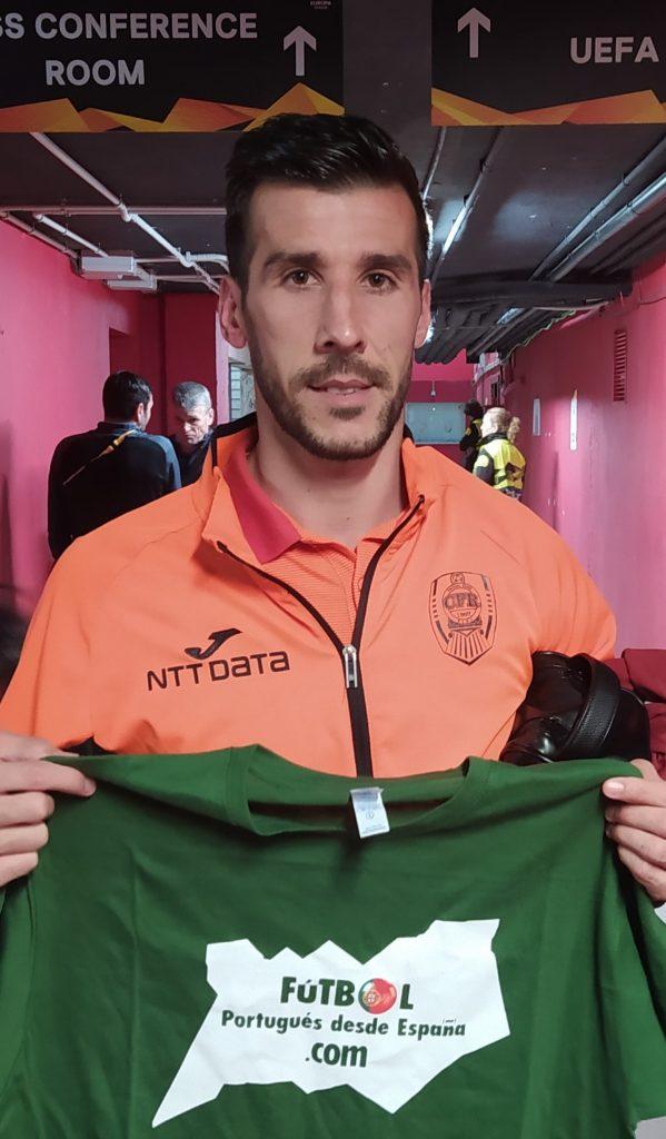 Luís Aurelio, en la zona mixta del Estadio Sánchez Pizjuán.