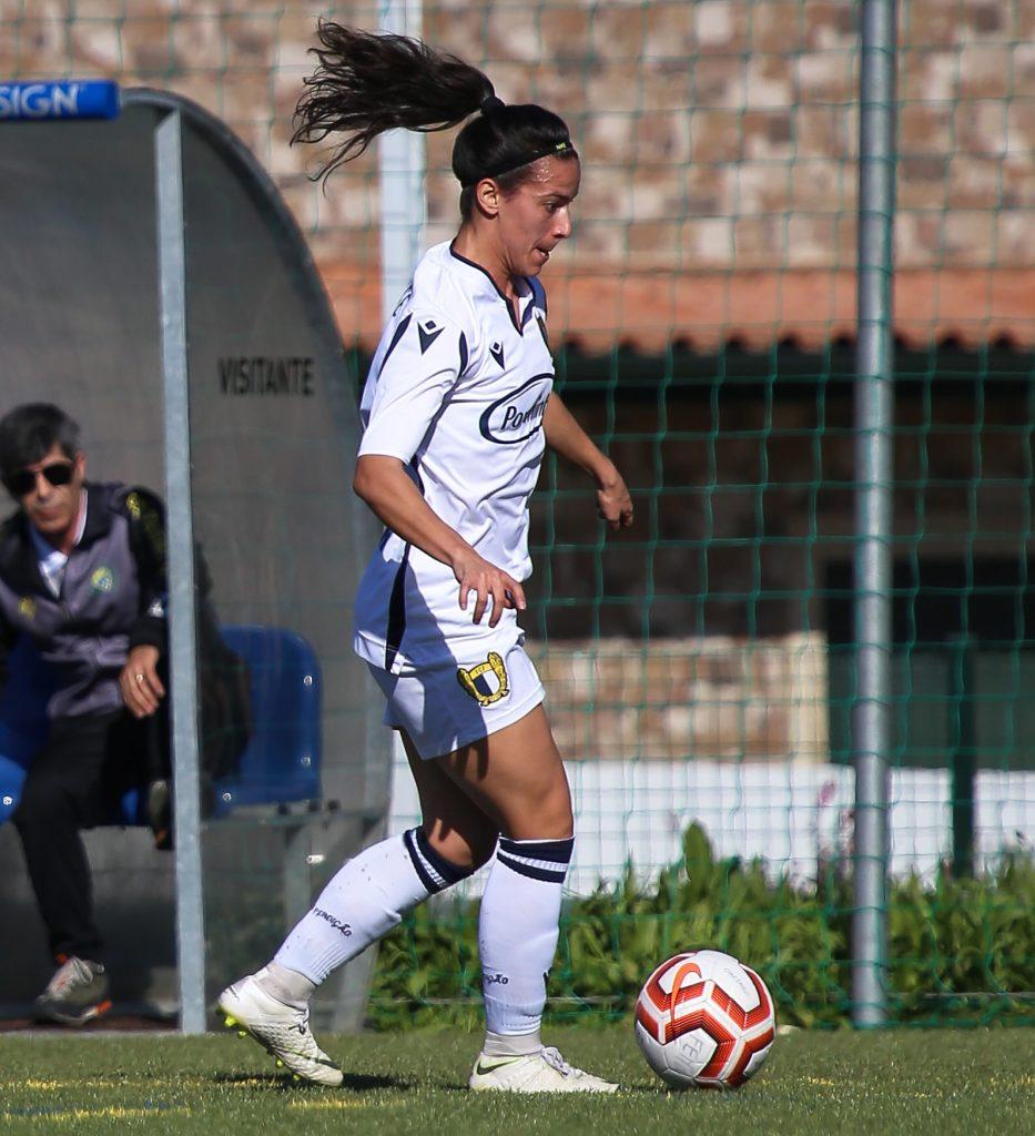 Entrevista a Solange Carvalhas (Lisboa, 1992), una de las mejores atacantes portuguesas de los últimos años, quien está celebrando el ascenso de FC Famalição a la Liga BPI.