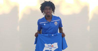 Edward Sarpong, destaca con goles en la temporada de Esperança de Lagos